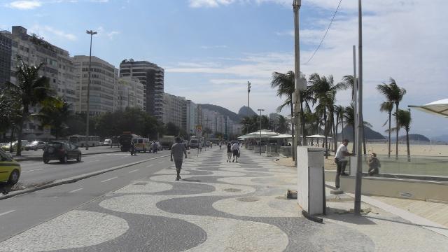Rio de Janeiro le 14 août 2013/Rio de Janeiro August 14, 2013 dans Brésil rio-de-janeiro-copacabana-tbm-14_08_2013-003-640x360