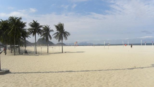 rio-de-janeiro-copacabana-tbm-14_08_2013-009-640x360